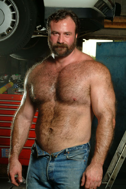 Gay_Bear_Mechanic.jpg