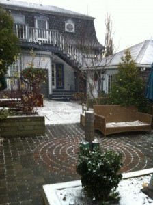 Snow flurries in the Carpe Diem courtyard
